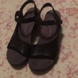 Darling Dansko sandals